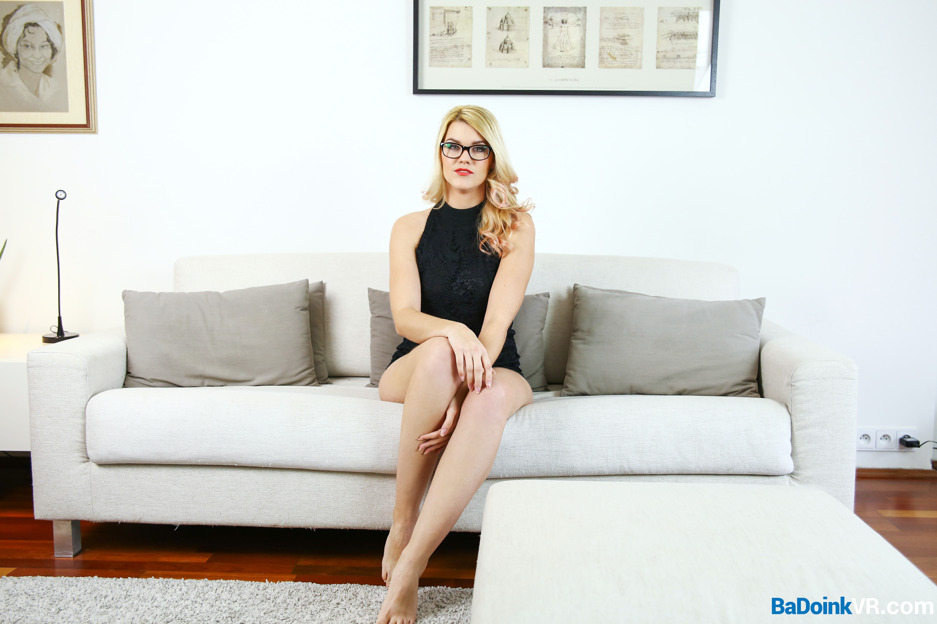 Airbnb Sex Story Izzy Delphine Glasses