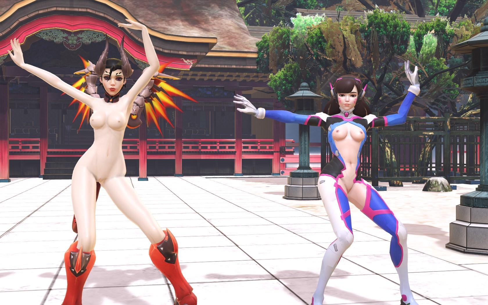 Xxx Naked girls big tits