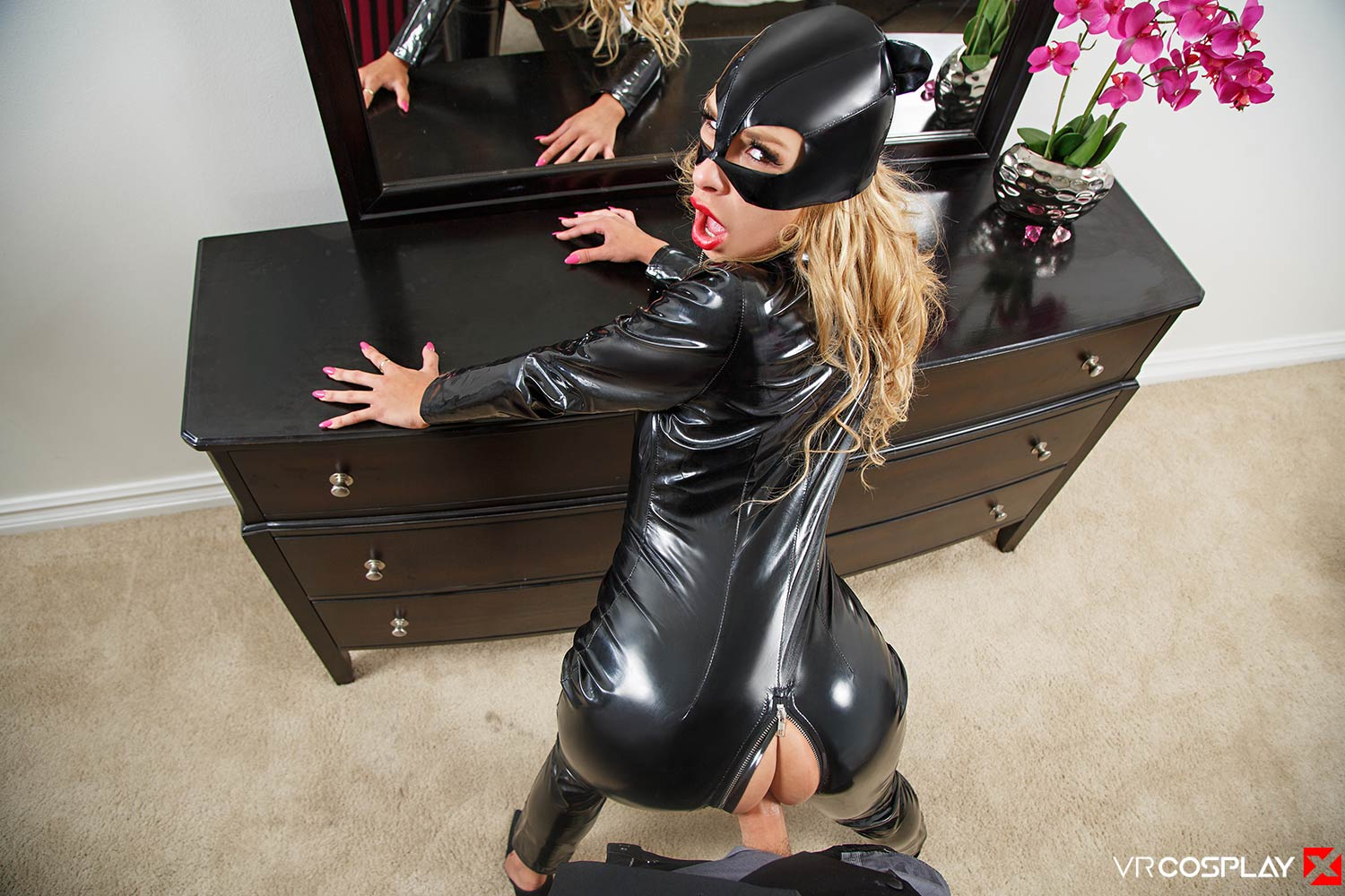 Catwoman Doggystyle