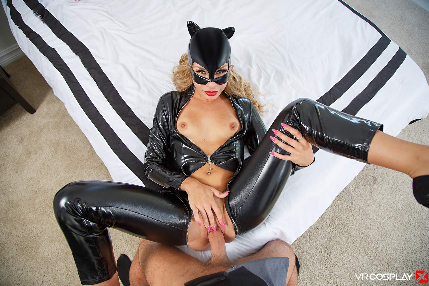 Carmen Caliente as Catwoman Fucked